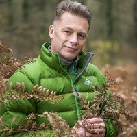 Chris Packham: Pictures from the Edge of The World
